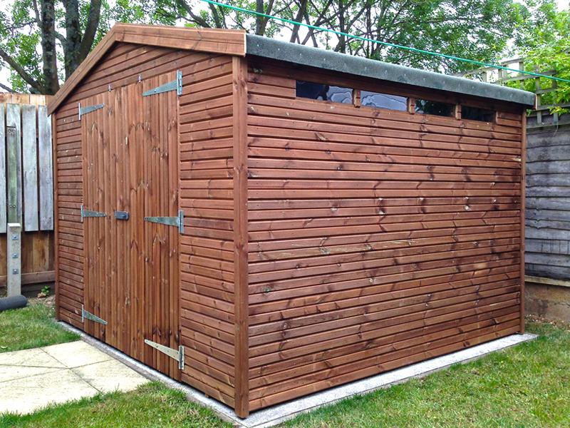 Taunton garden sheds sheds in taunton wooden sheds for Garden shed 9x7